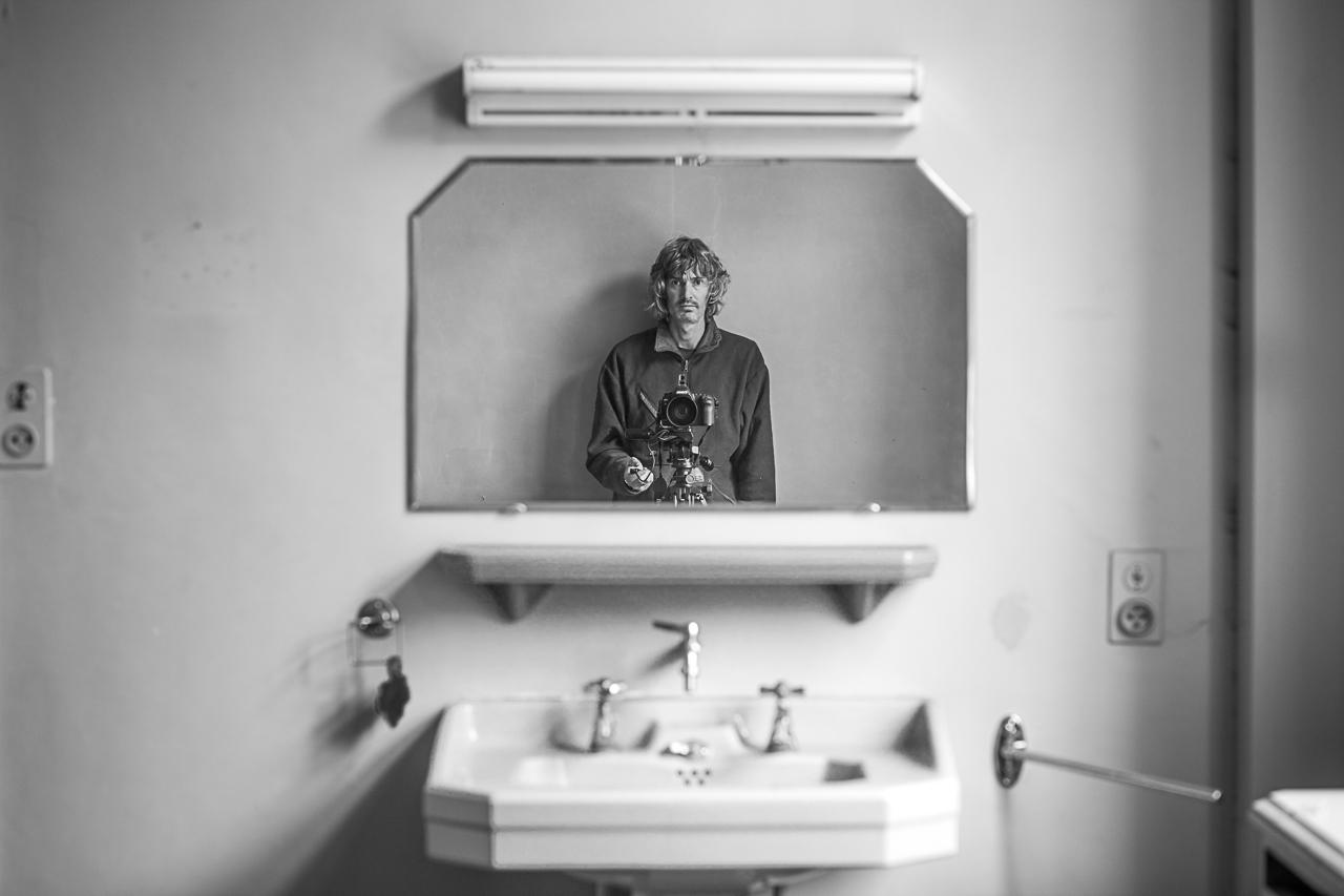 ludwigdesmet-darkroomgallery-mirror-5664